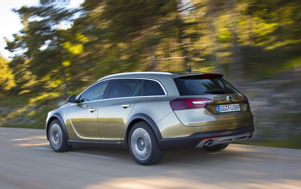 Рестайлинговое семейство Opel Insignia…
